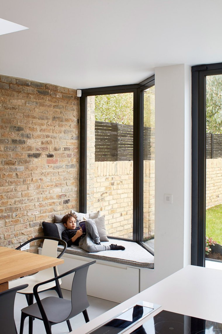Deco 2.0 Bow window or Window seat 15